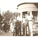 Namy, Helvio Filho, Walter Neto, Nelson e Helvio, na casa da Avenida Presidente Vargas
