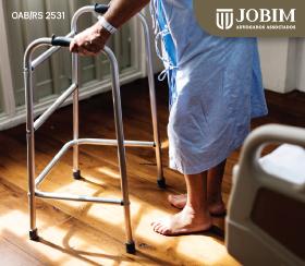 Pacientes com doenças graves são isentos do pagamento do Imposto de Renda
